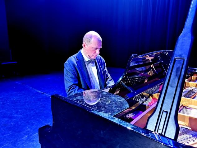 """11 avril 2019 à Paris - Concert-thérapie """"Hypnose Musicale"""" par le Dr Stéphane Ottin Pecchio"""